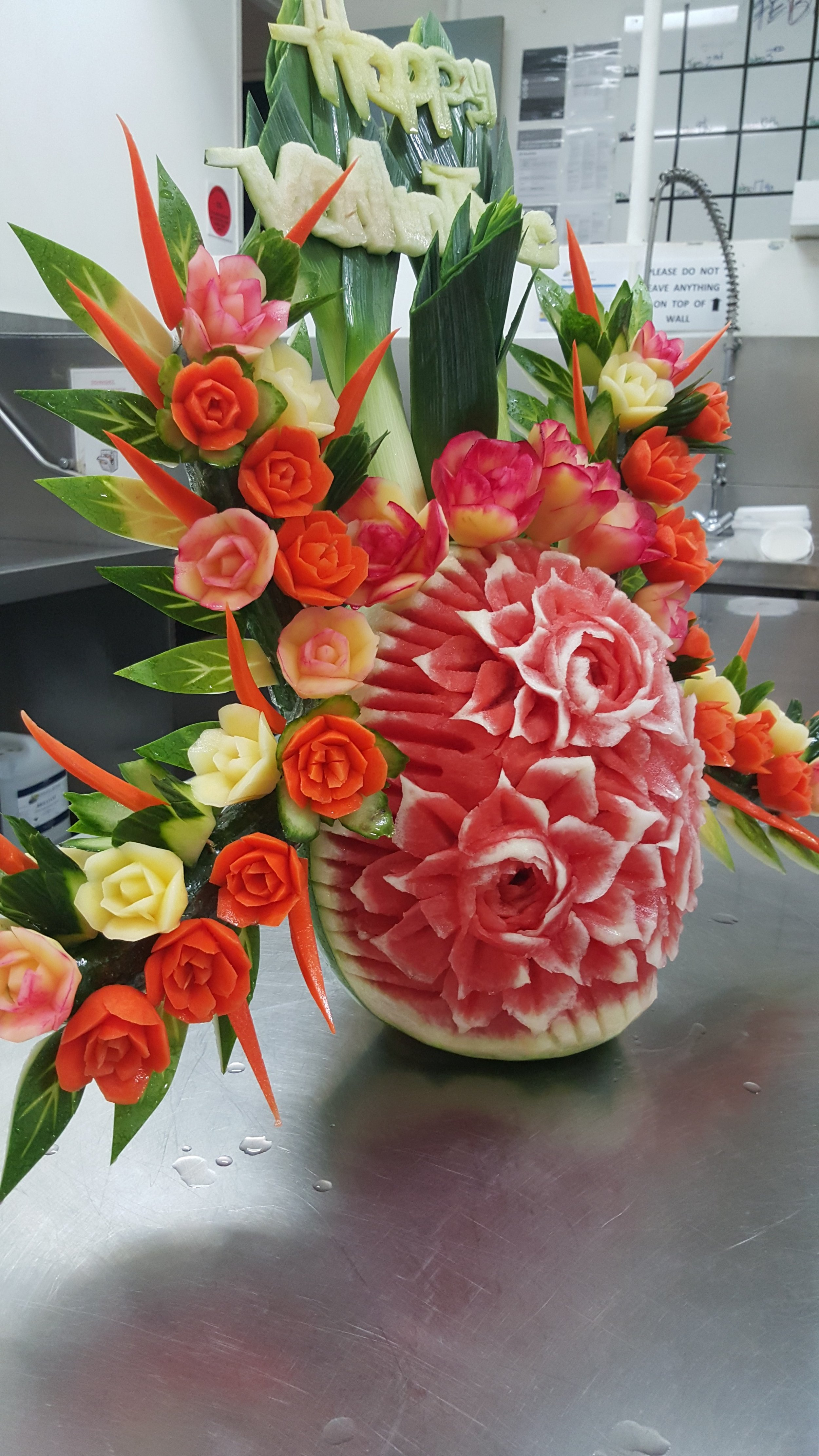 watermelon_carving.jpg