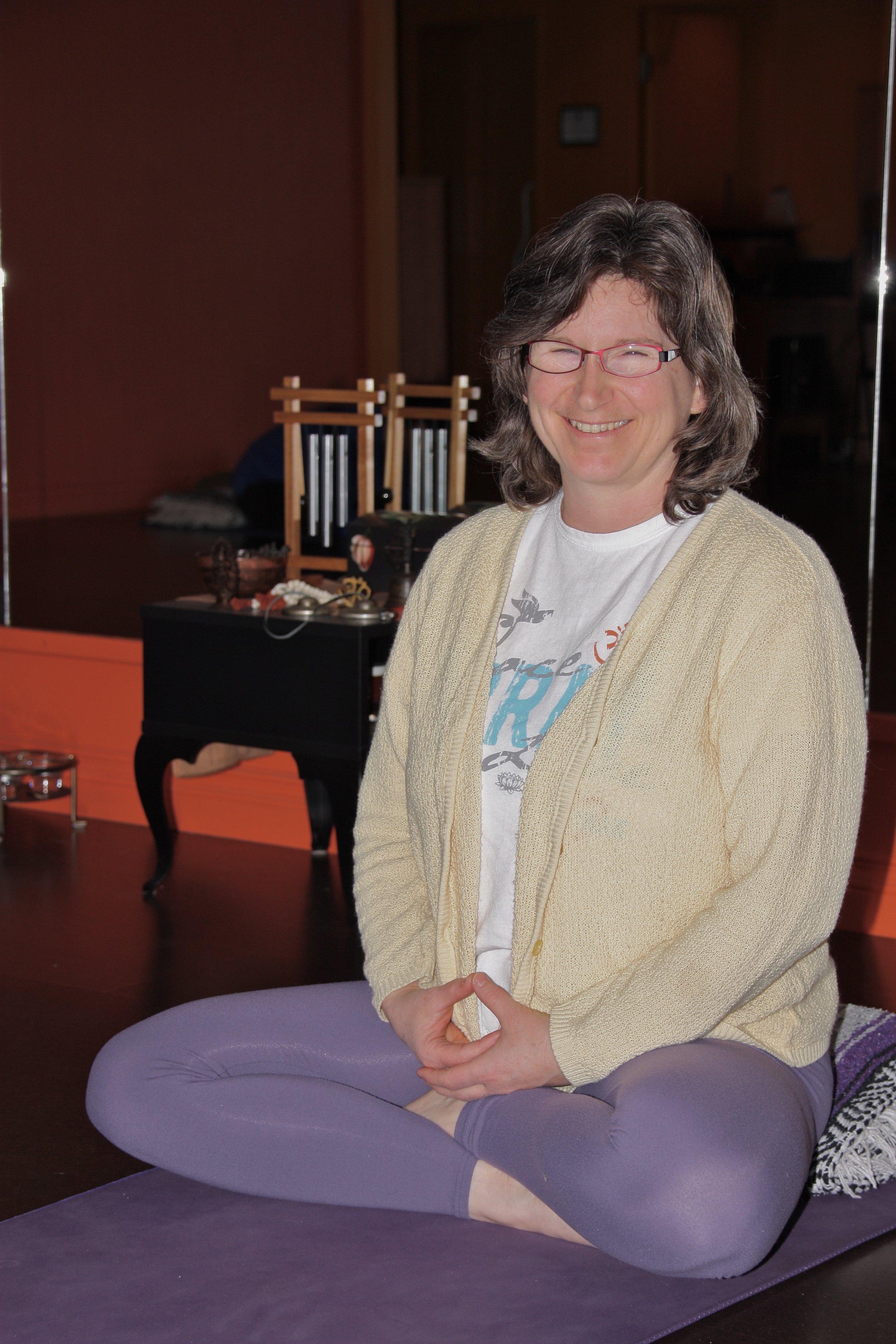 Yoga, Yoga Therapy, & Ayurveda - Paula Carnegie Fehr, Senior Hatha Yoga Instructor YAA 800hrs+, YACEP, YA E-RYT200, C-IAYT Yoga Therapist