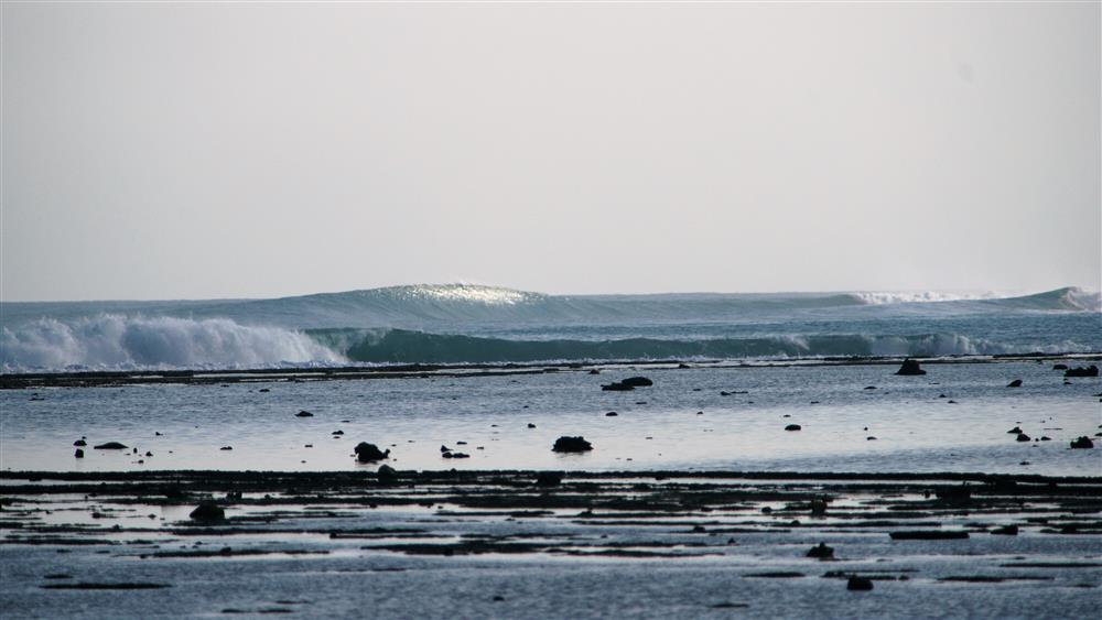 KabuNohi_Surf_Sobatu Small Day_Nias (1).JPG