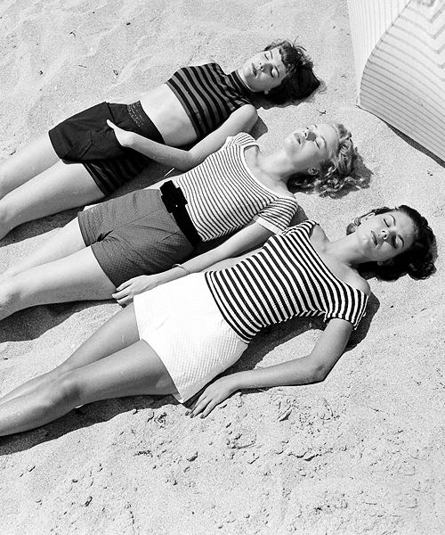 Nina Leen Vintage Beachlife 1950.jpg