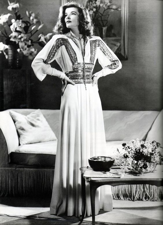 Katharine Hepburn gives good glamour