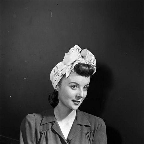 Turban 1940s accessories.jpg