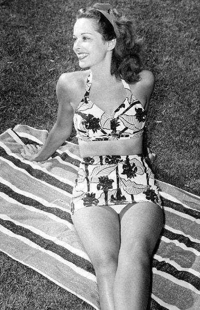 Jane Randolph bikini style