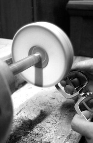 Frame Polishing Service -