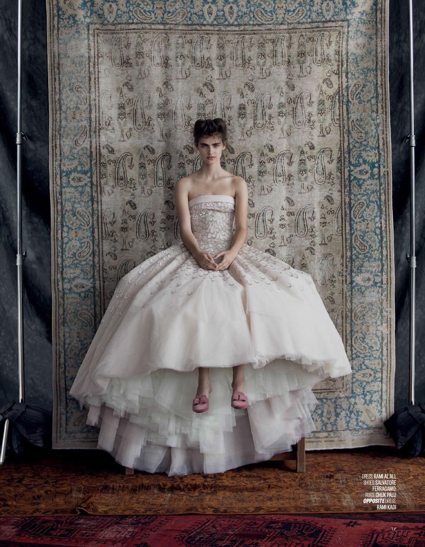 Vogue-Arabia-Sept_17-7.jpg