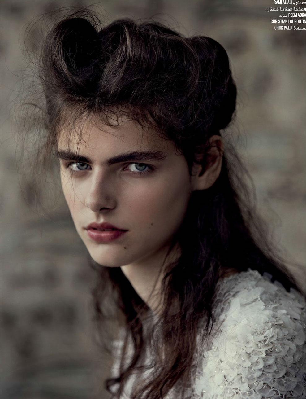 Vogue-Arabia-Sept_17-5.jpg