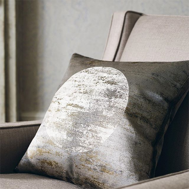 inspired by the super snow moon last night I thought I'd throw it back to this stunning moon silk fabric from @zoffanyfw . . . #inspiration #interiordesign #interiors #snowmoon #moon #supersnowmoon #supermoon #inspo #nature #space #silk #fabric . . Photo by @zoffanyfw @style.library