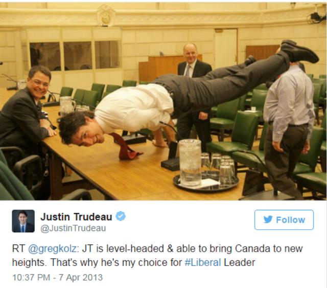 Practica yoga Justin Trudeau