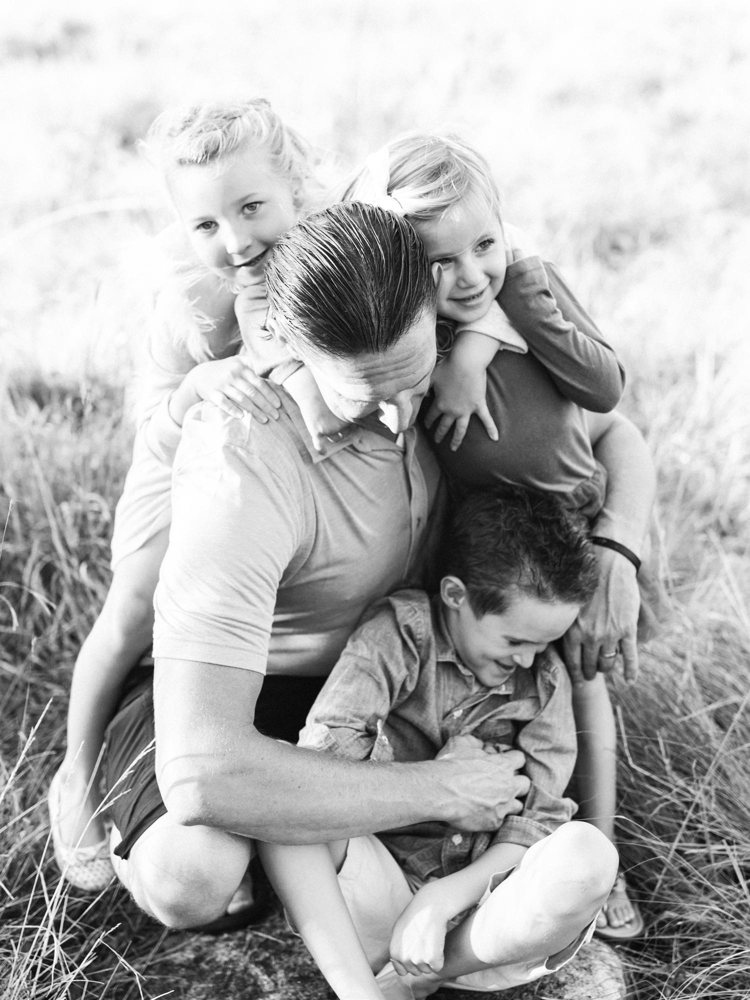 lifestyle-family-photographer-north-carolina-museum-of-art-raleigh
