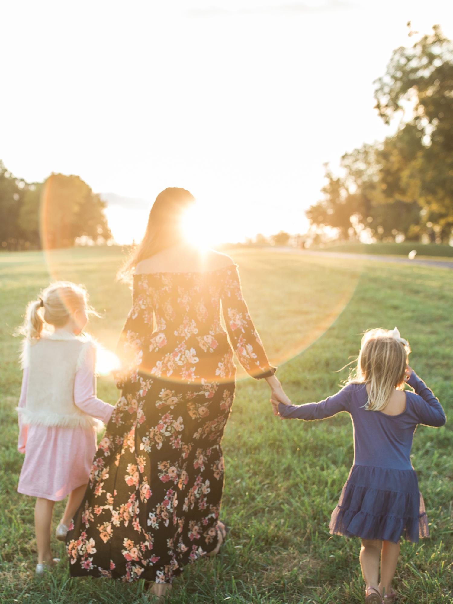 lifestyle-family-photographer-north-carolina-museum-of-art-raleigh-sunset