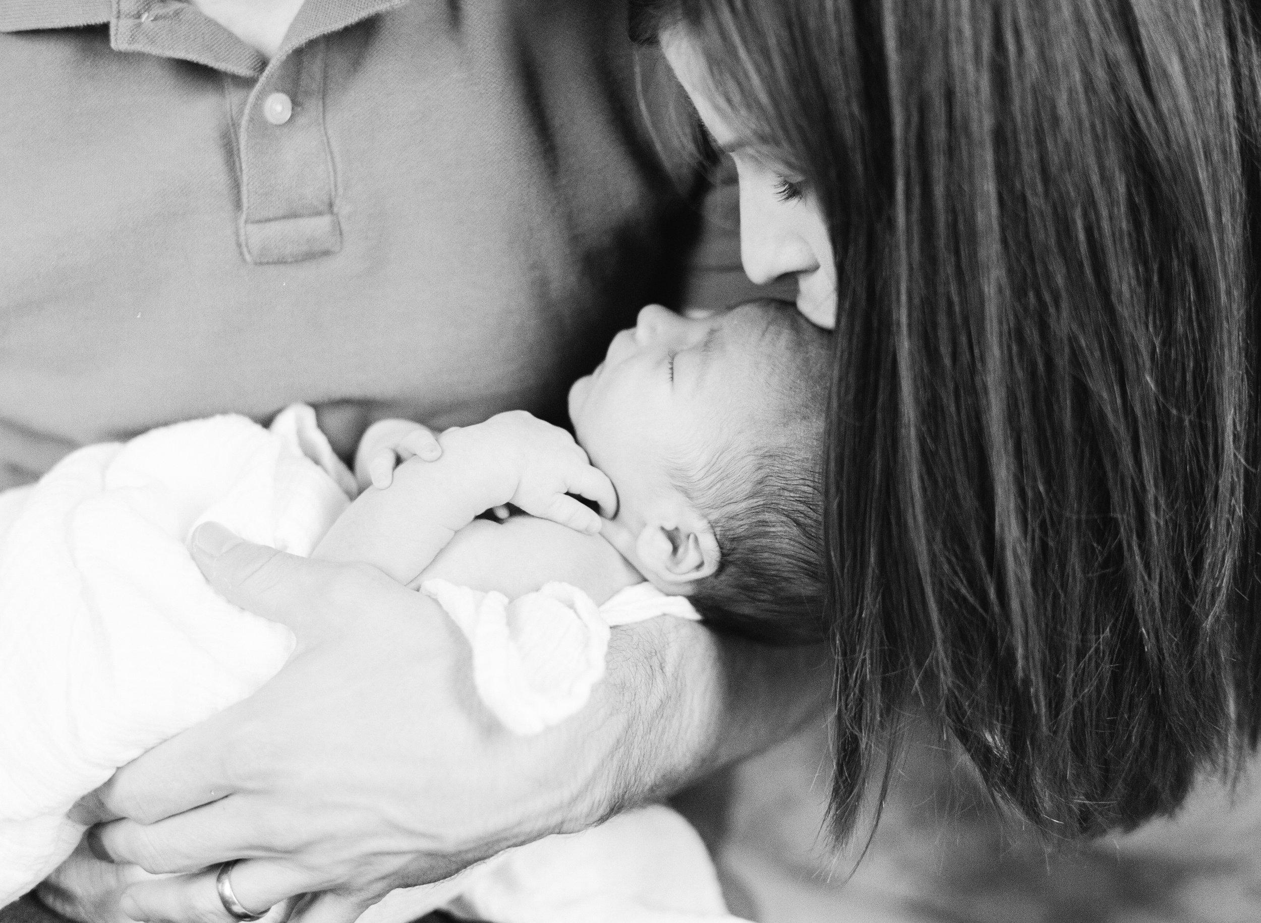 raleigh-lifestyle-newborn-film-photographer