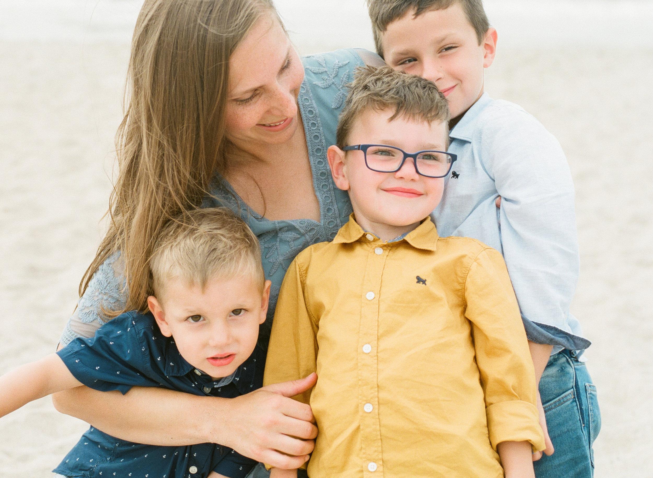 emerald-isle-beach-family-film-photographer-lifestyle