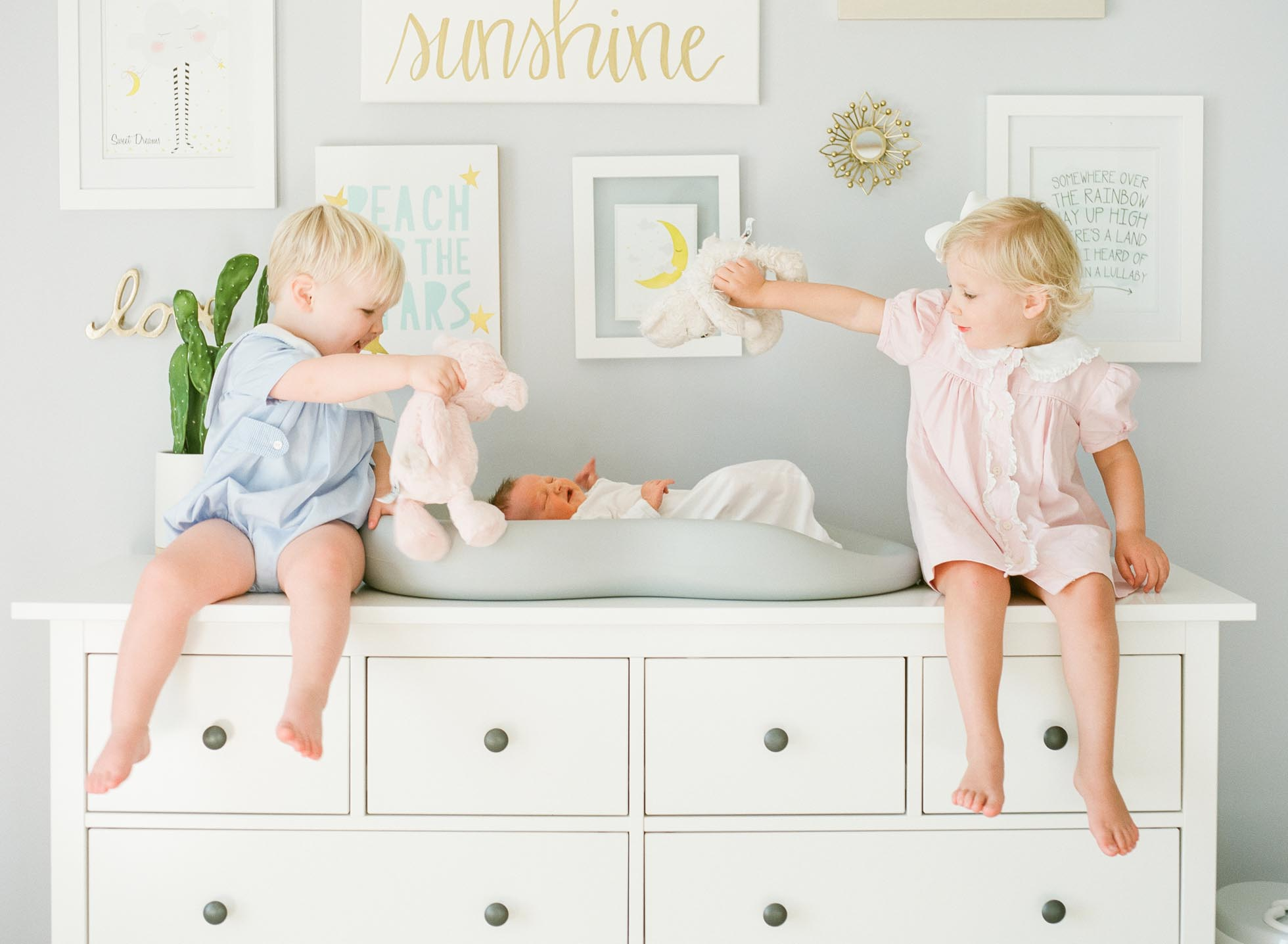raleigh-film-newborn-photographer-siblings