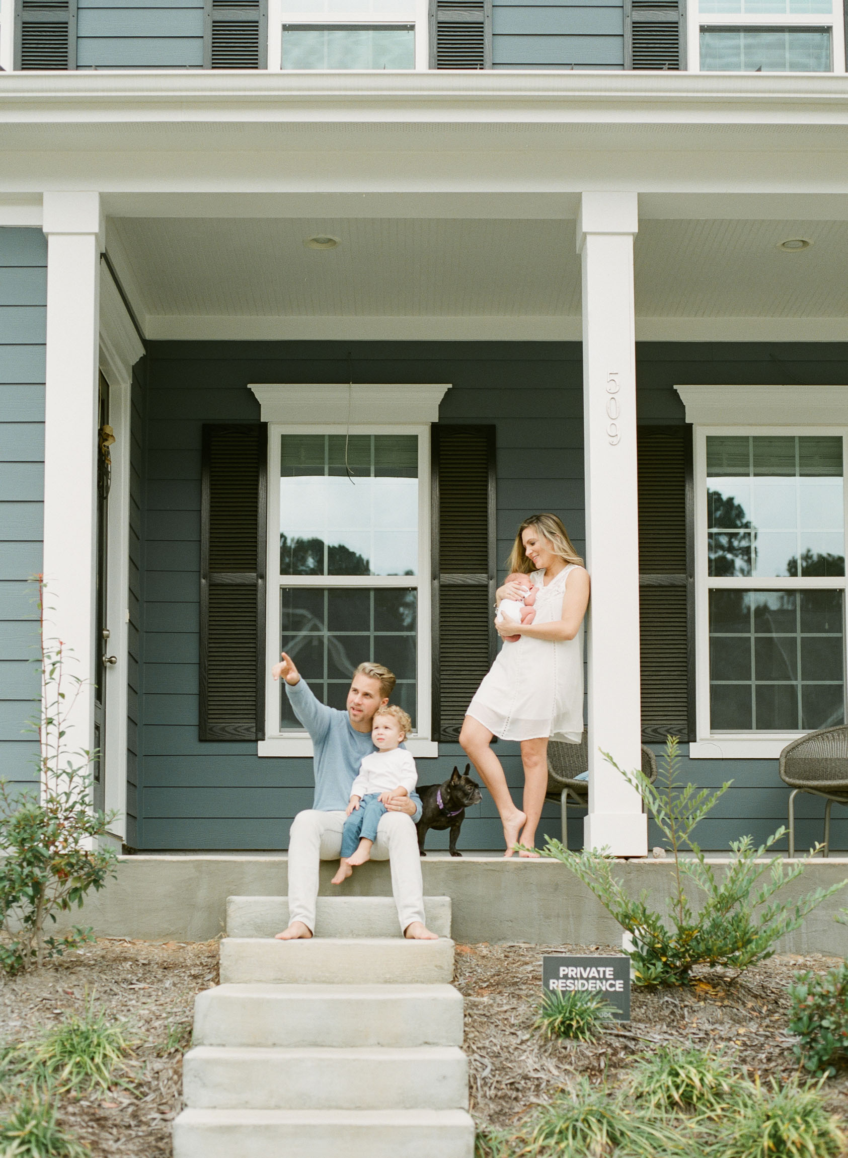 stephanie-bryan-photography-raleigh-film-family-newborn-client-what-to-wear-002