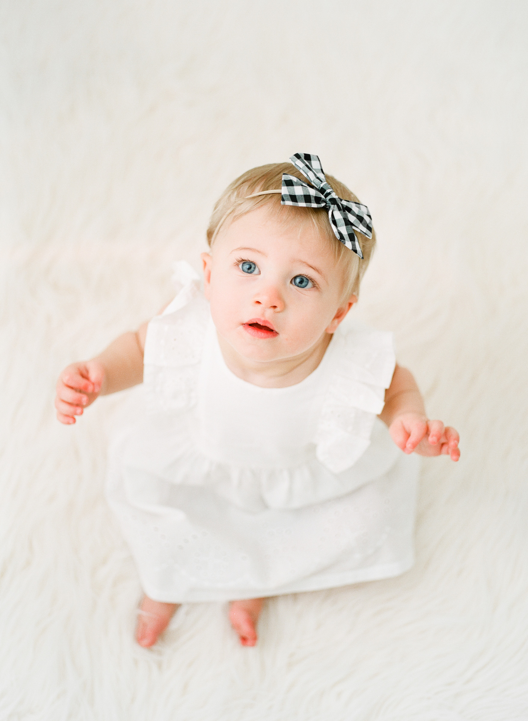 first-birthday-studio-children-kid-pictures-raleigh