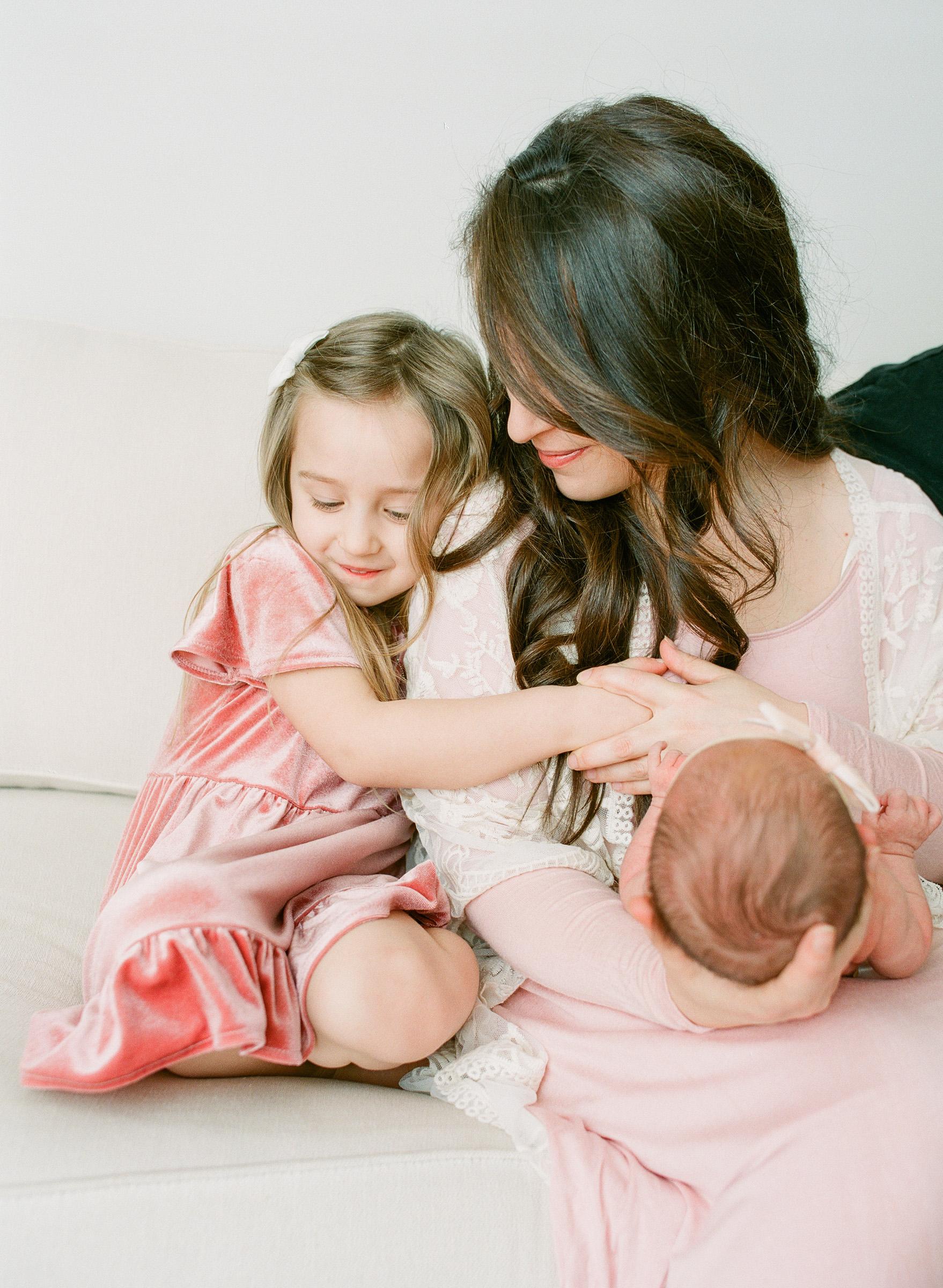 beautiful-newborn-baby-photographer-raleigh-wake-forest-family-photos-7
