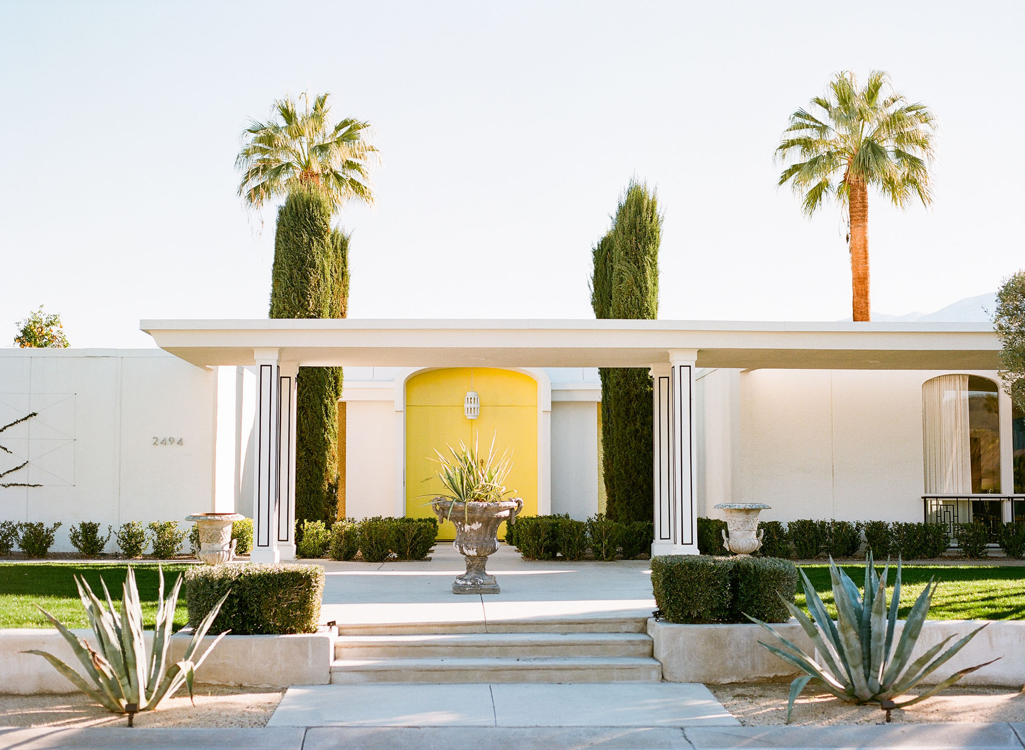 door-tour-palm-springs-california-film-photography-travel-photographer-001