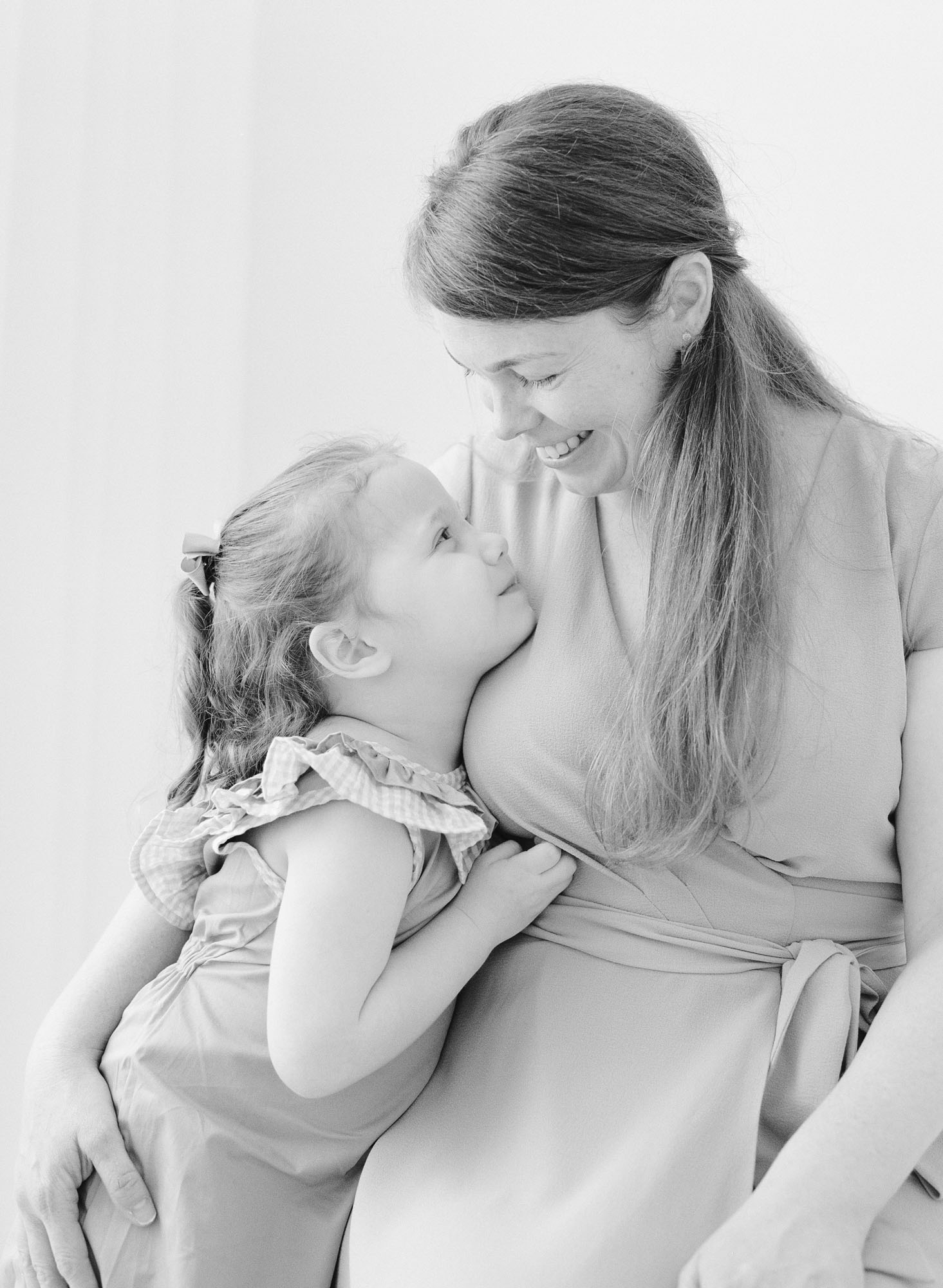 family-photographer-raleigh-nc-motherhood-portraits-006