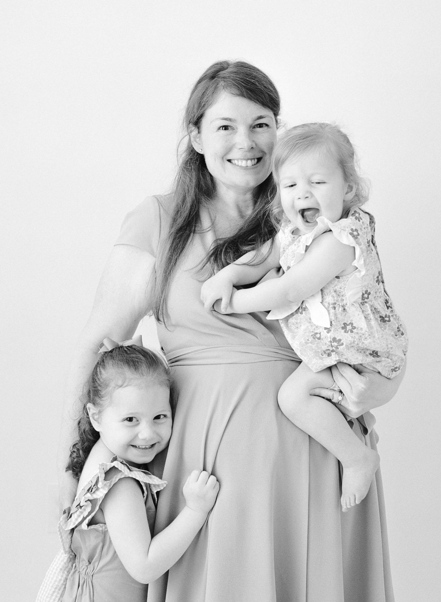 family-photographer-raleigh-nc-motherhood-portraits-009