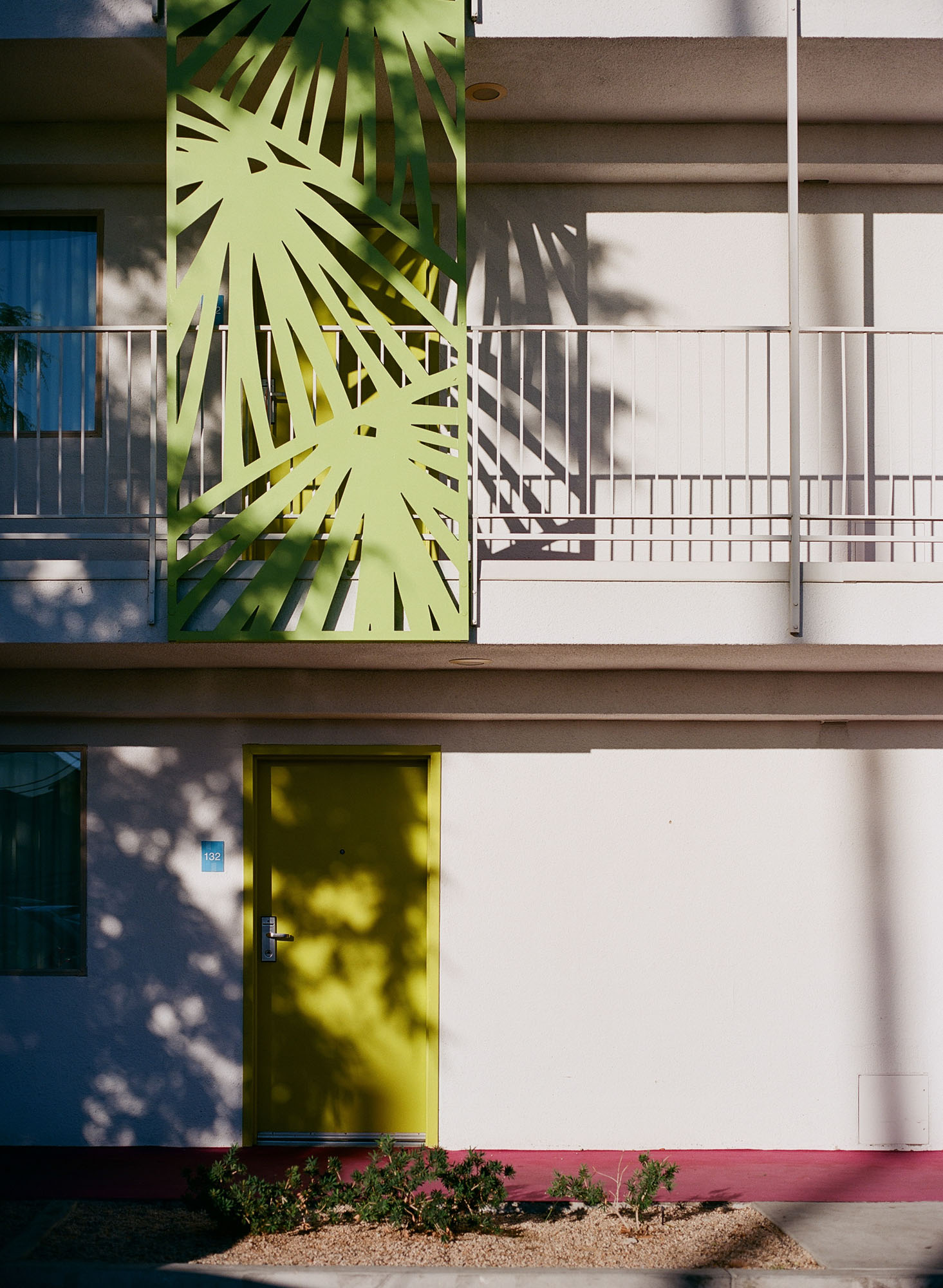 the-saguaro-hotel-palm-springs-california-film-photography-travel-photographer-003