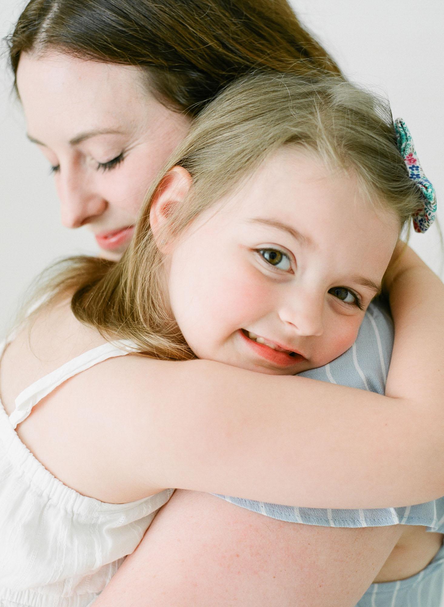 raleigh-best-family-photographer-studio-session-motherhood-001