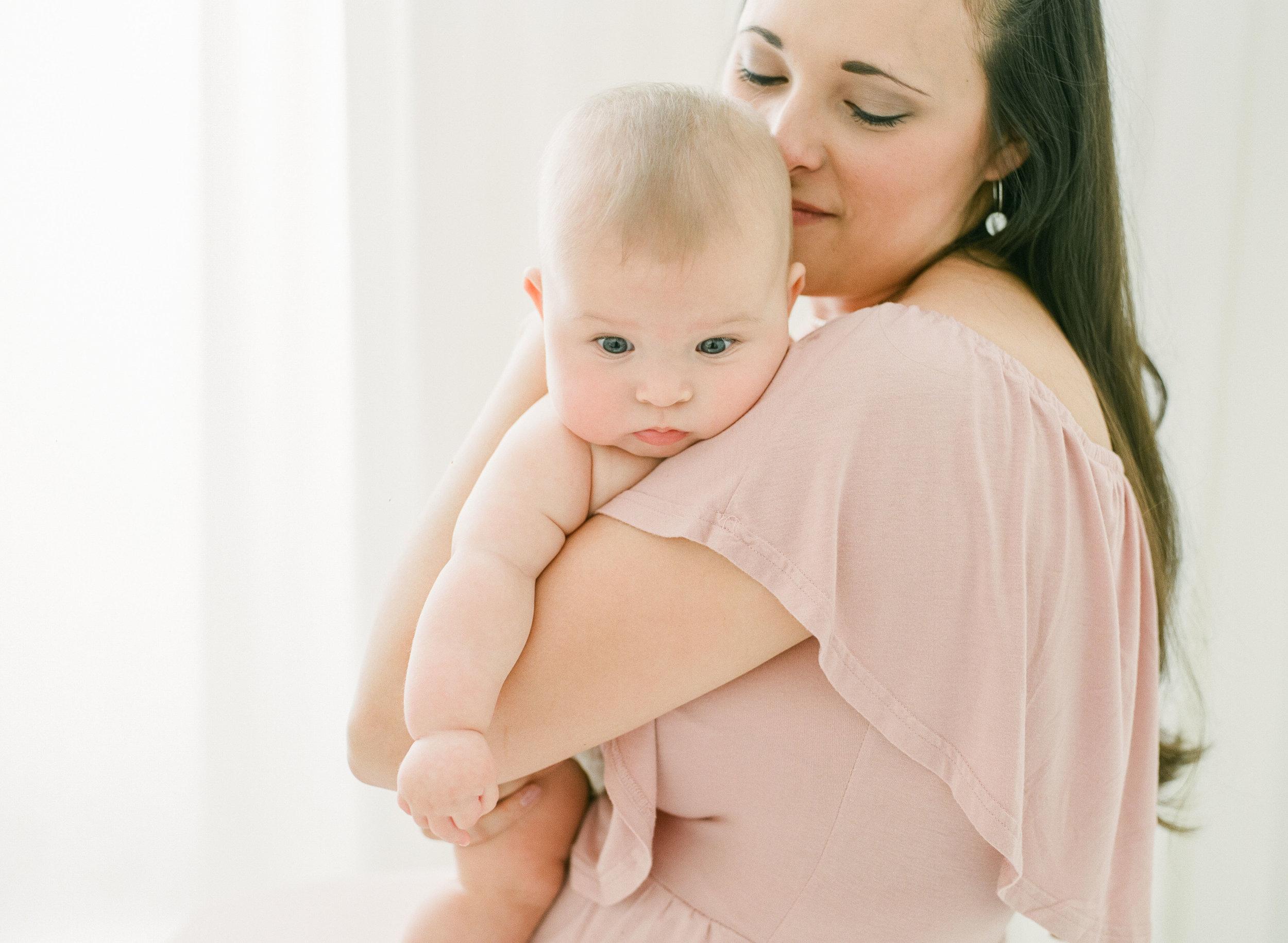 wake-forest-baby-photographer-studio-newborns-children-photography-004
