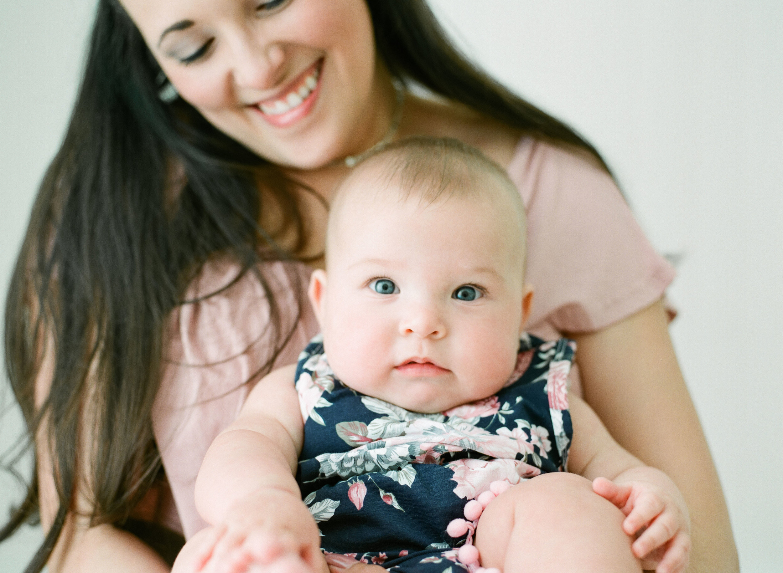 wake-forest-baby-photographer-studio-raleigh-childhood-001