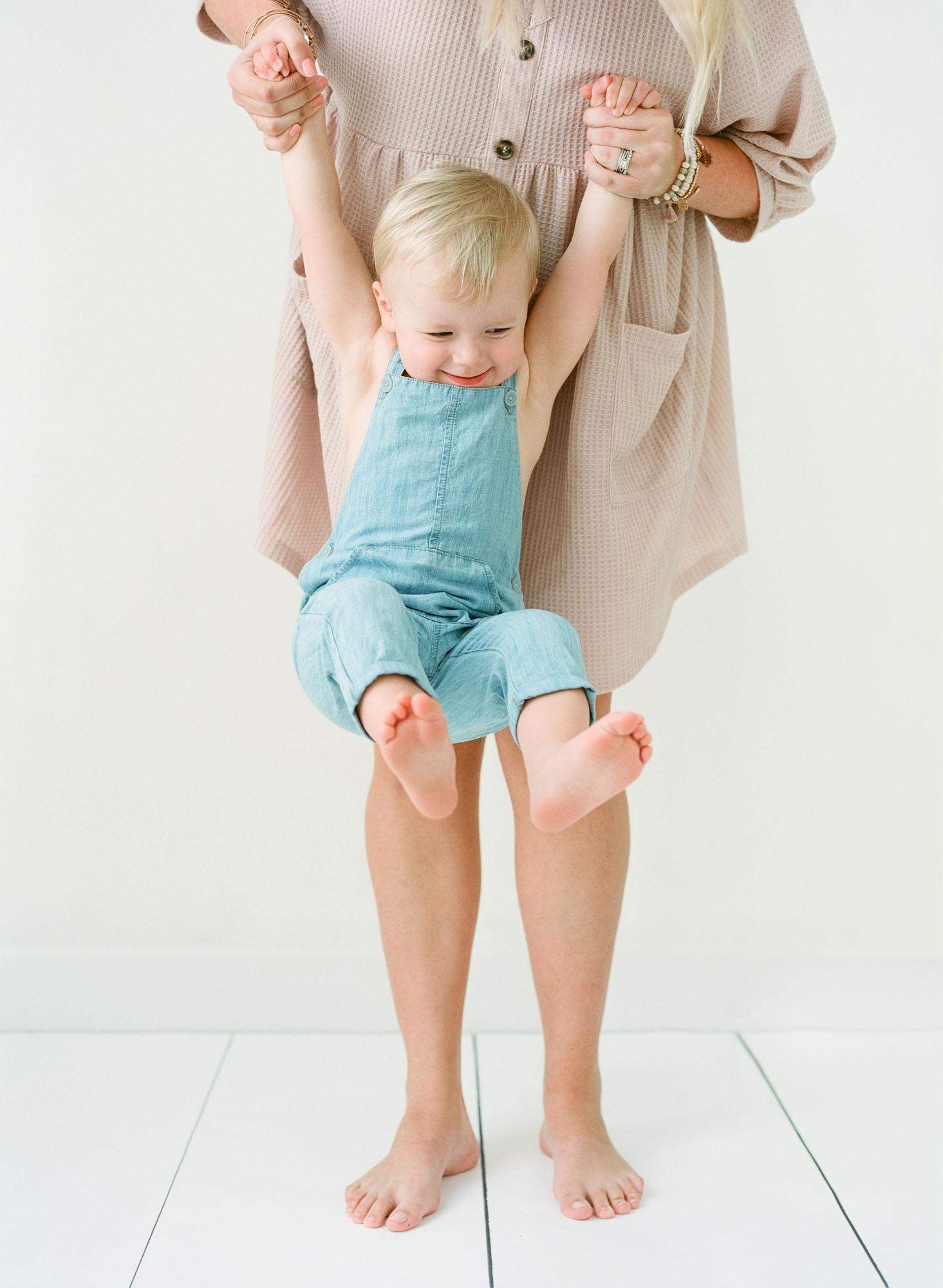 wake-forest-family-photographer-studio-session-motherhood