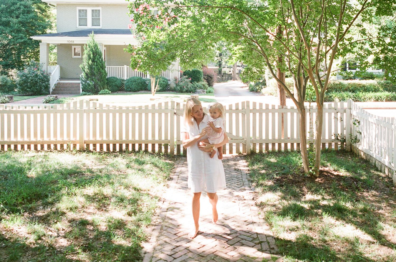 raleigh-baby-photographer-lifestyle-newborn-session-002