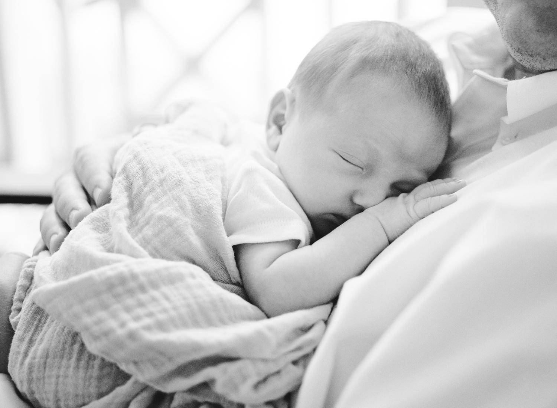 raleigh-newborn-photographer-lifestyle-baby-session-014