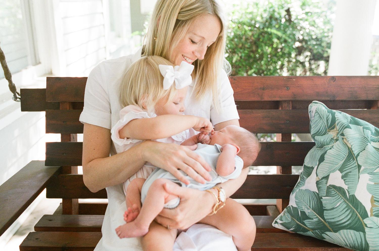 raleigh-lifestyle-newborn-photographer-lifestyle-photography-021
