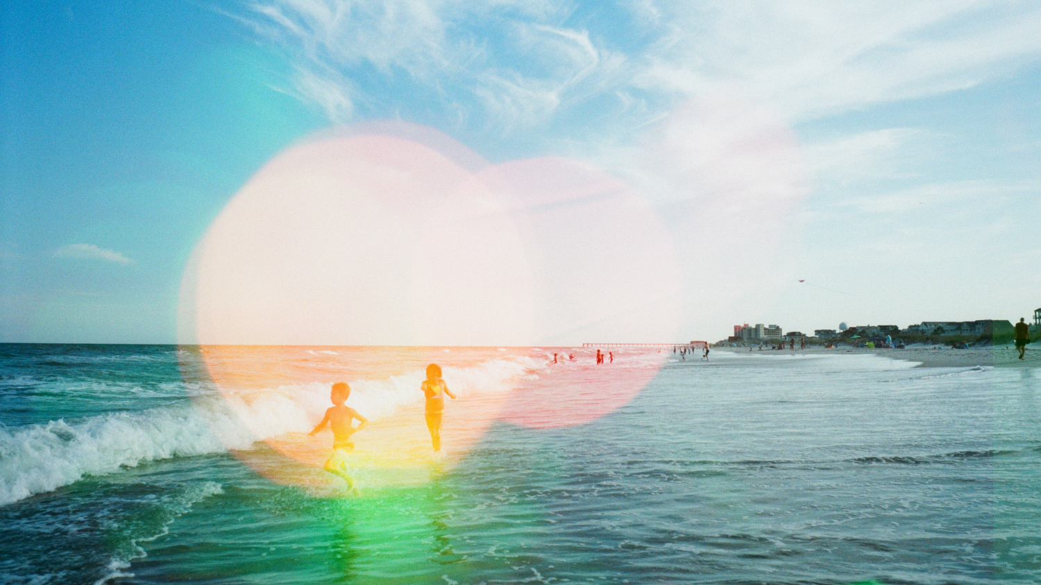 raleigh-film-photographer-beach-colorful-photography-sessions