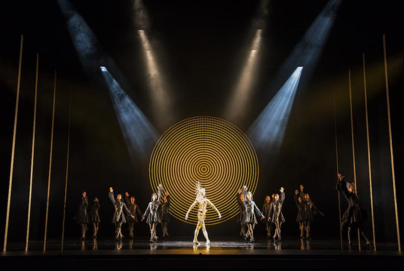 The King Dances | Birmingham Royal Ballet | Choreographed by David Bentley | Set & Costumes by Katrina Lindsay | Lighting by Peter Mumford (Photographer: Bill Cooper)