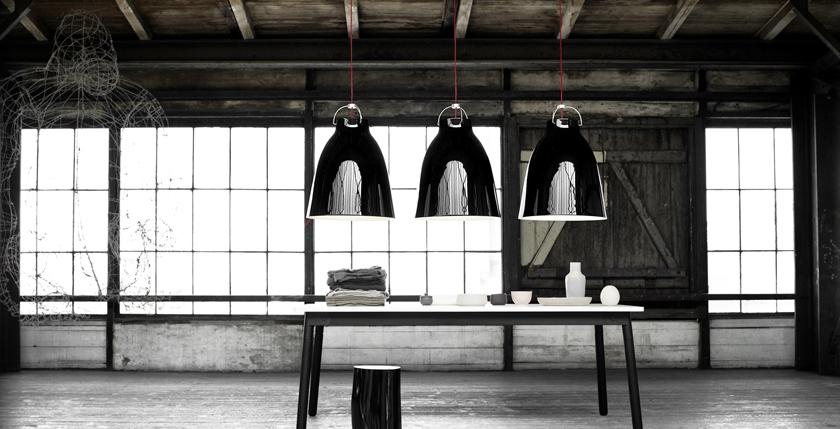 HIGHTOWER_Caravaggio_BlackP4_TableInstallation_300dpi.jpg