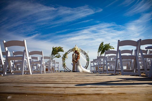 The beach brings ceremonial beauty. . . . . #beachwedding #longislandbride #longislandbrides #longislandweddings #longislandweddingvenue #bride #weddingceremony #longislandcatering #longislandcateringhalls #cateringhalllandsend