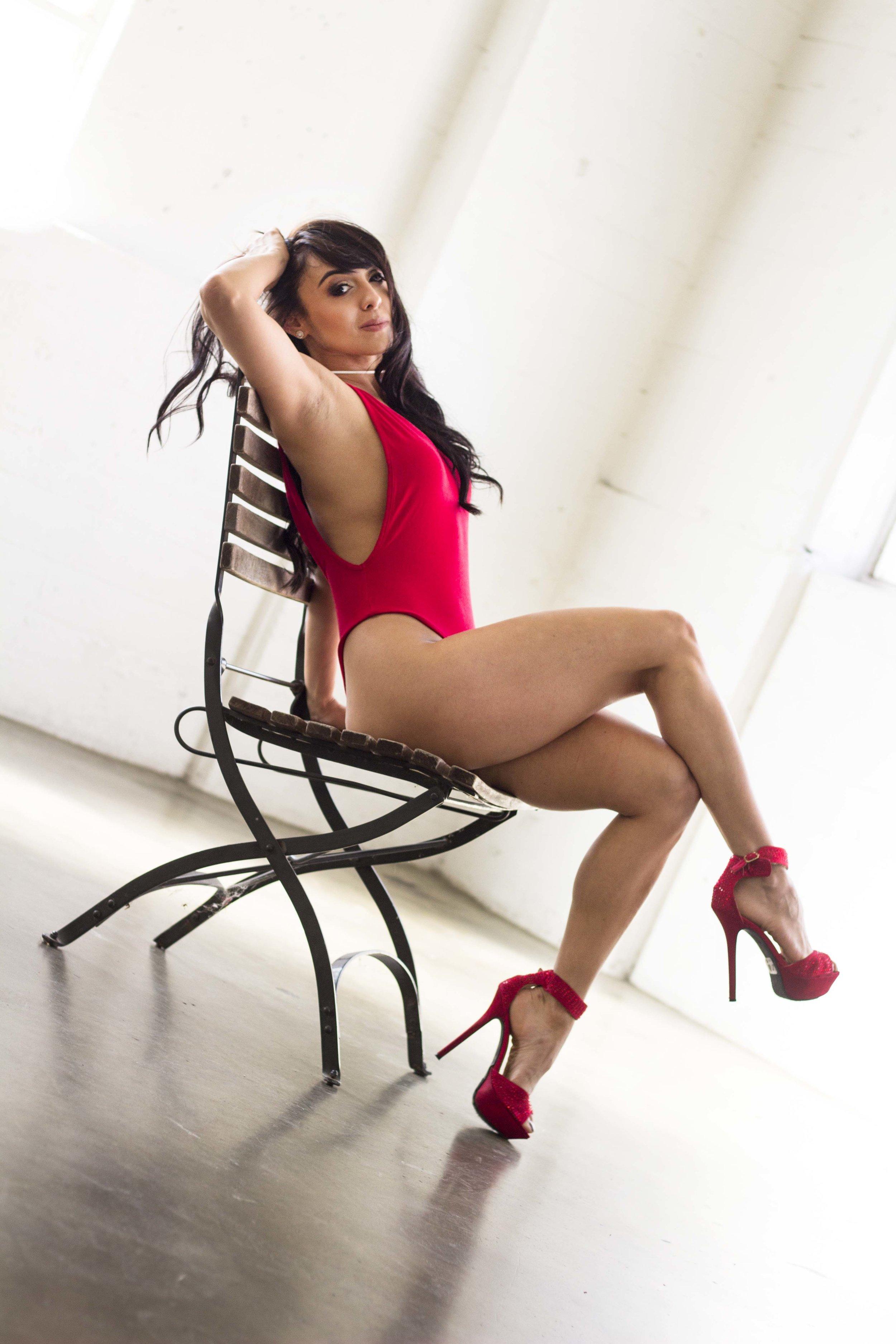 @mariiana9  @beautyandglambylo