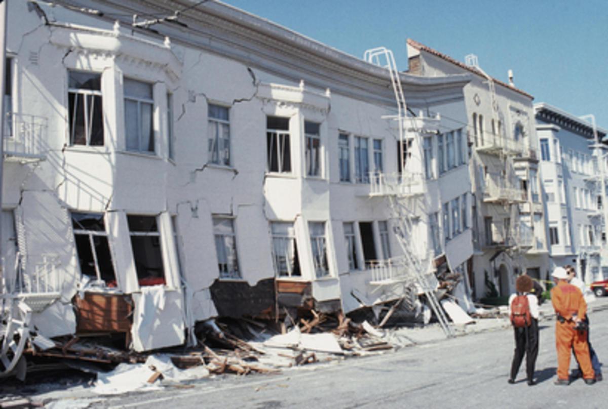 San Francisco, California after the Loma Prieta earthquake. Photo Credit: NBC Bay Area