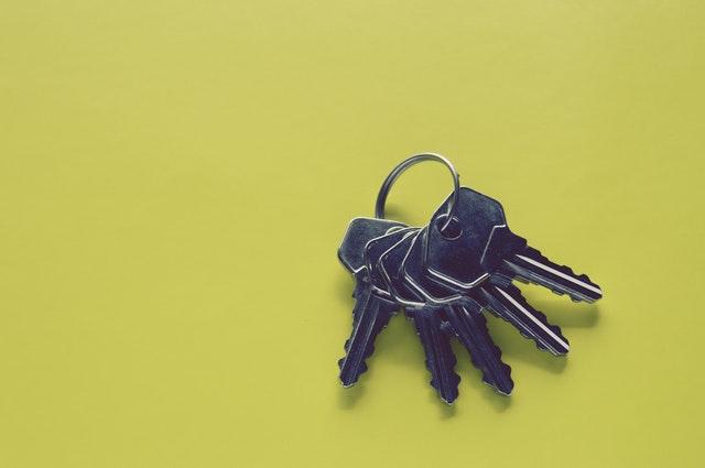 pexels-photo-941947 Keys.jpeg