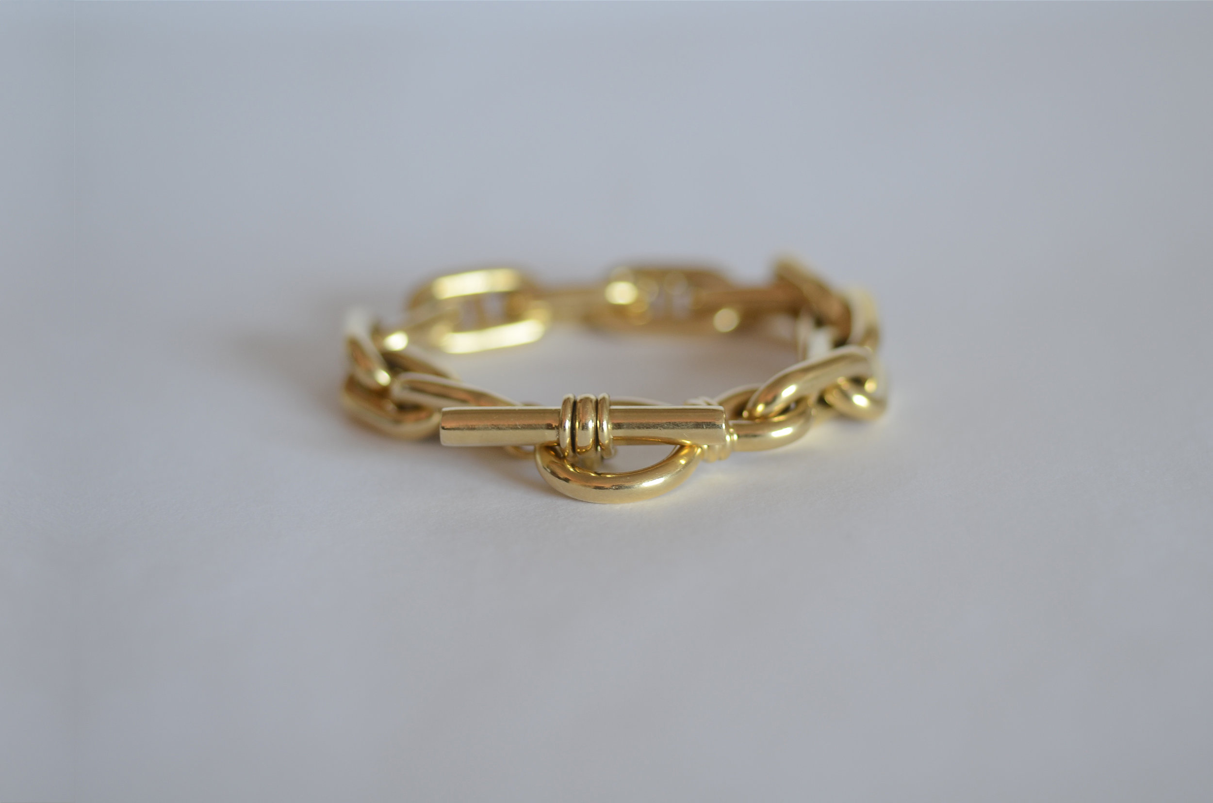 Italian 18kt Yellow Gold Link Bracelet with Toggle Clasp