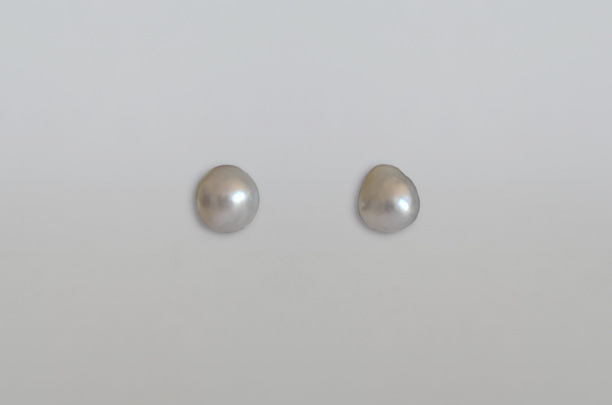 South Sea Baroque Pearl Earrings set in 18kt Gold