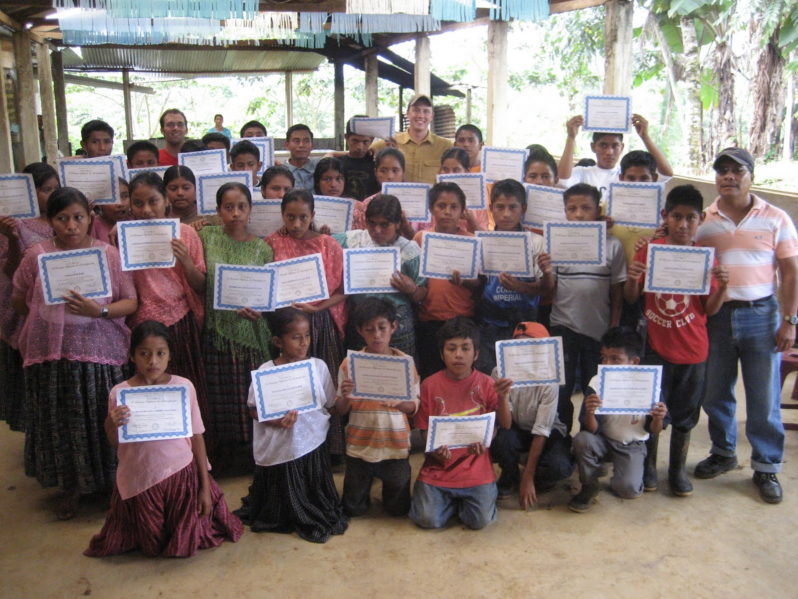BVC Coban 2009 kids with certificates.JPG