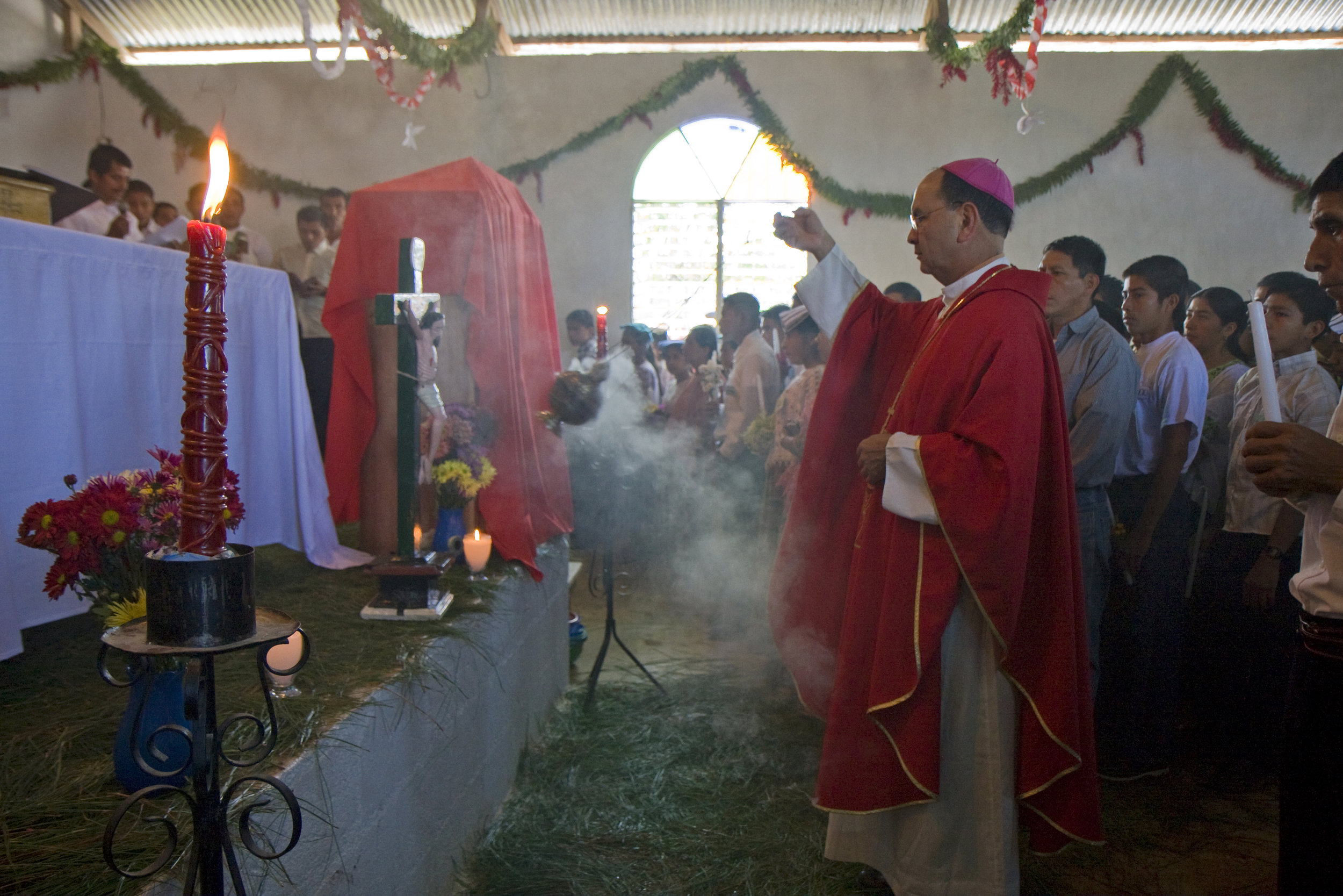 BVC Coban 2009 village Mass.jpg