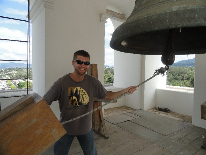 BVC Esquipulas 2010 Adam Gentner ringing bell.jpg