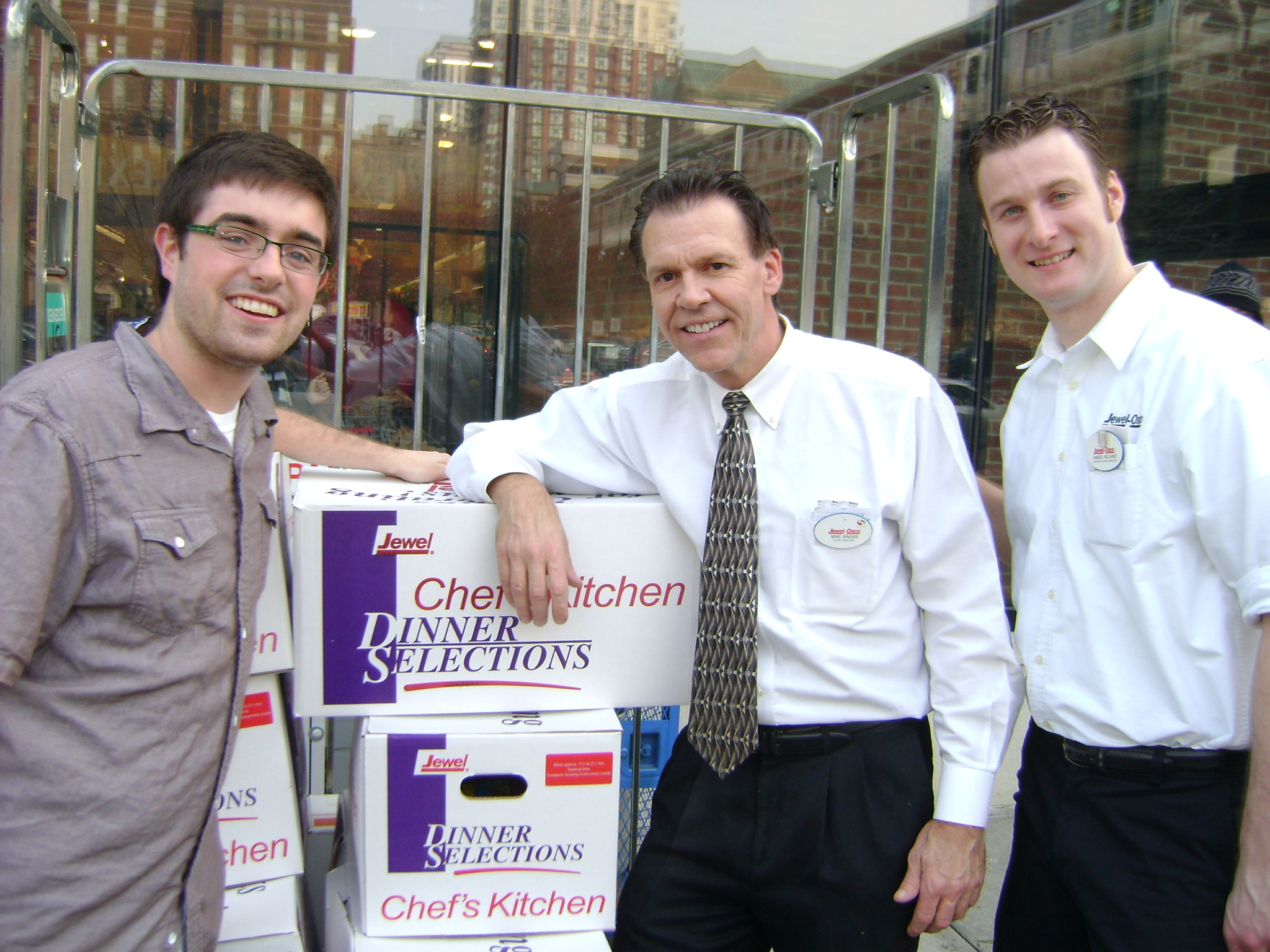 BVC Chicago 2012 Ted Kain receiving donations fro Jewel grocery.jpg