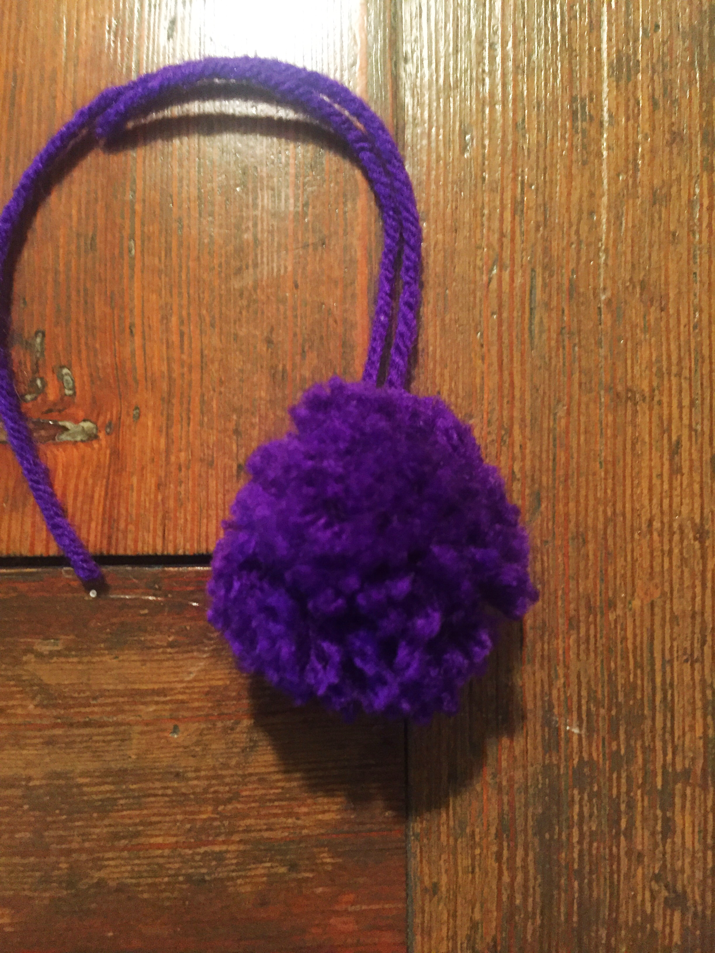 The not-the-worst-or-the-best pom pom.