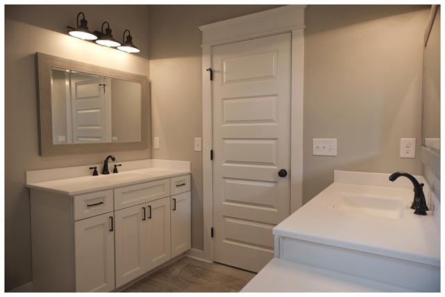 Williamson Conty TN-Fairview-Cottage Home-Bathroom 2.jpg