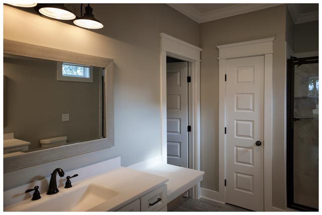 Williamson Conty TN-Fairview-Cottage Home-Bathroom1.jpg