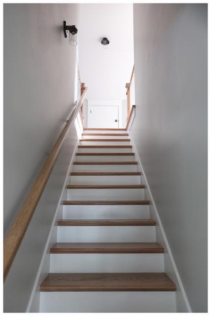Williamson Conty TN-Fairview-Cottage Home-Stairway.jpg