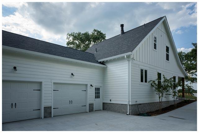 Williamson Conty TN-Fairview-Cottage Home-White 1.jpg