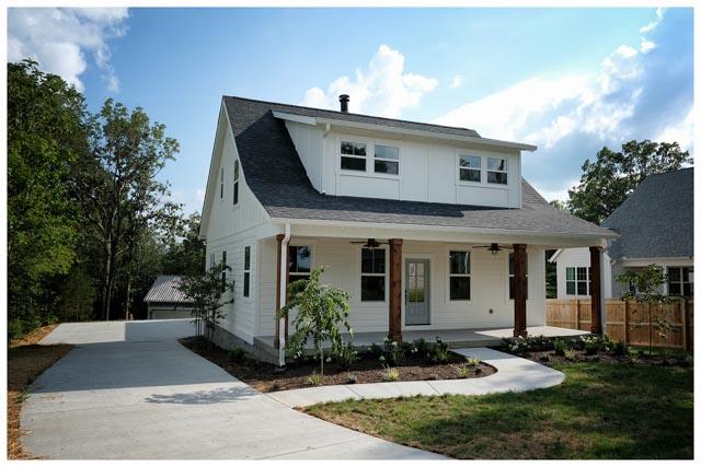 Williamson Conty TN-Fairview-Cottage Home-White 3.jpg